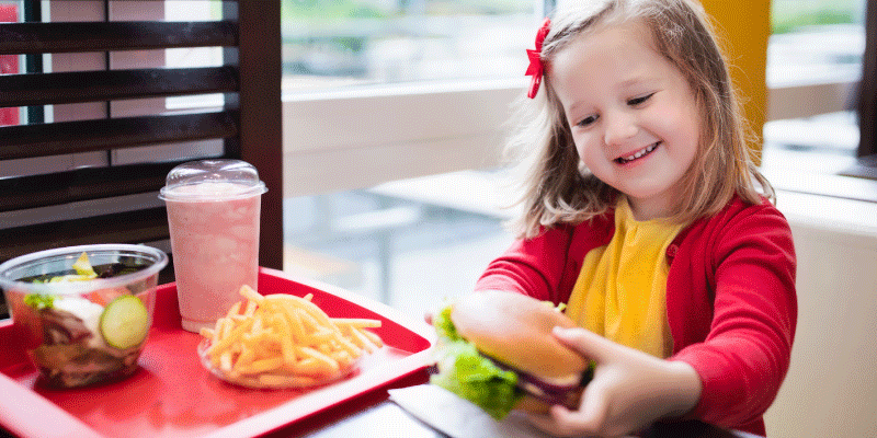 Healthiest (and Unhealthiest) Fast Food Meals for Kids